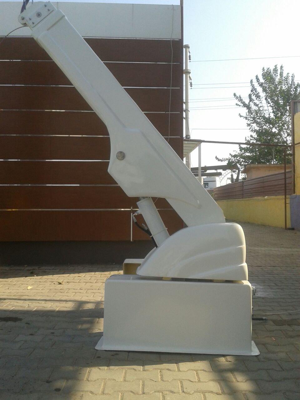 puma-marine-crane530098.jpg