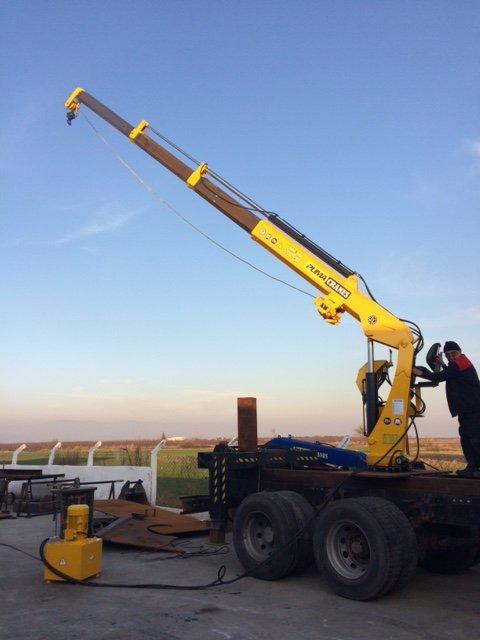 puma-marine-crane855575.jpg