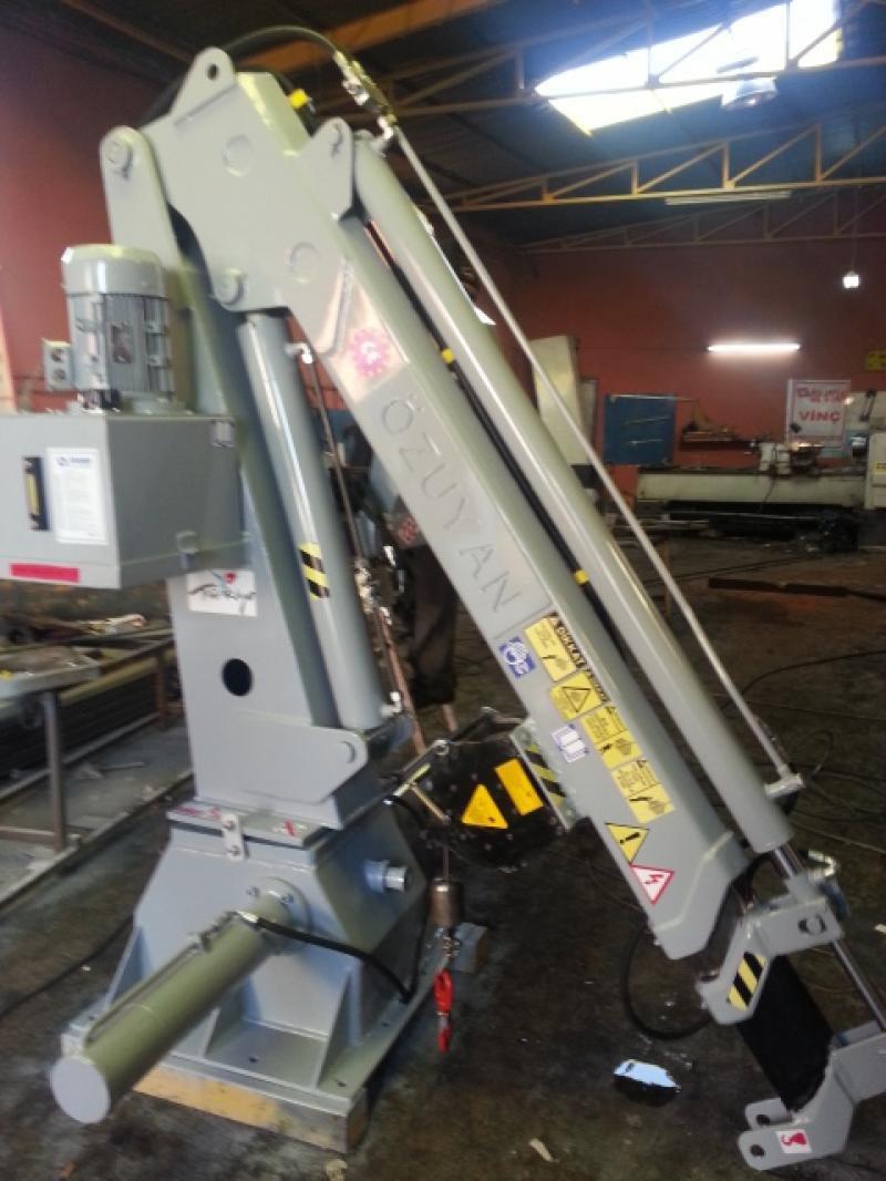 puma-marine-crane986469.jpg